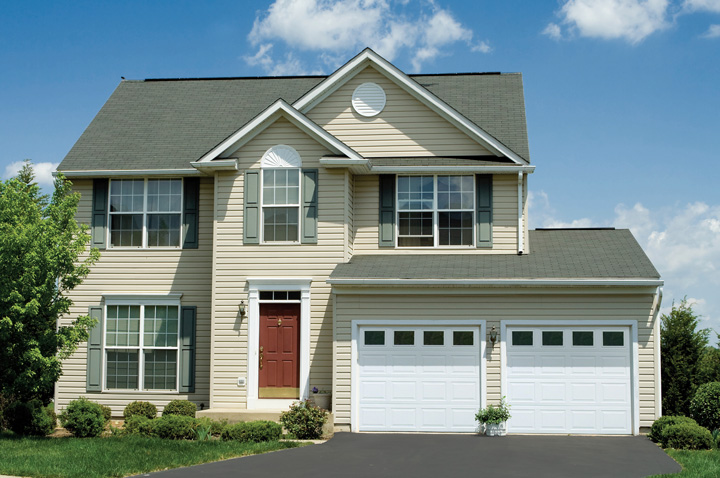 TradeMark Steel Residential Garage Doors - designs - Raynor Garage ...